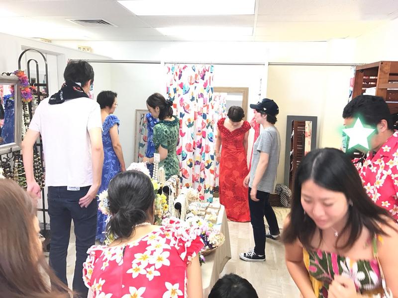 家族の服装,ゲストの服装,ハワイ結婚式,ハワイウェディング,現地調達