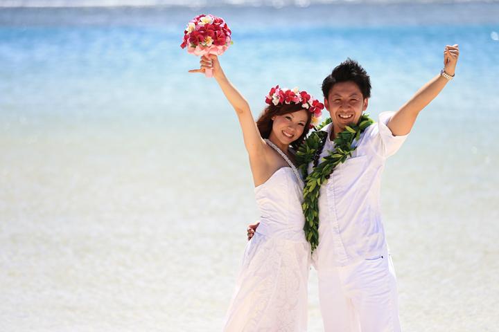 ムームードレス,アロハシャツ,結婚式,リノハワイ,ハワイウェディング,ハワイ結婚式,プランナーとは,コーディネーターとは,エステ